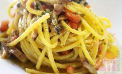 Spaghetto al torchio con sarda del Lago di Iseo e bottarda di Coregone